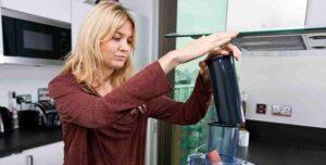 Jak szybko i bezproblemowo wycisnąć sok z marchwi?